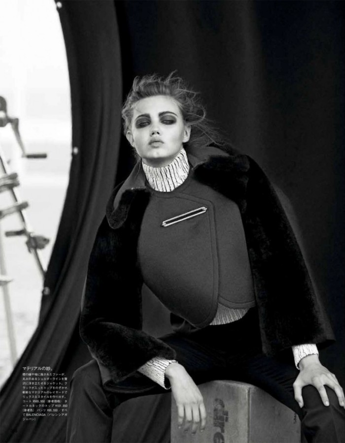 lindsey-wixson-by-peter-lindbergh-for-vogue-japan-october-2013p