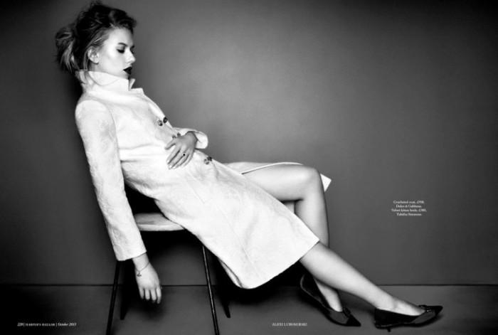 Scarlett-Johansson-by-Alexi-Lubomirski-6-735x495