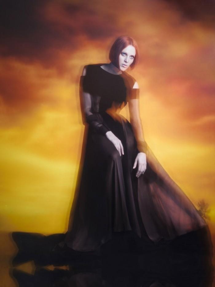 Karen-Elson-for-Vogue-China-Collections-Fall-2013-Sølve-Sundsbø-8-735x979