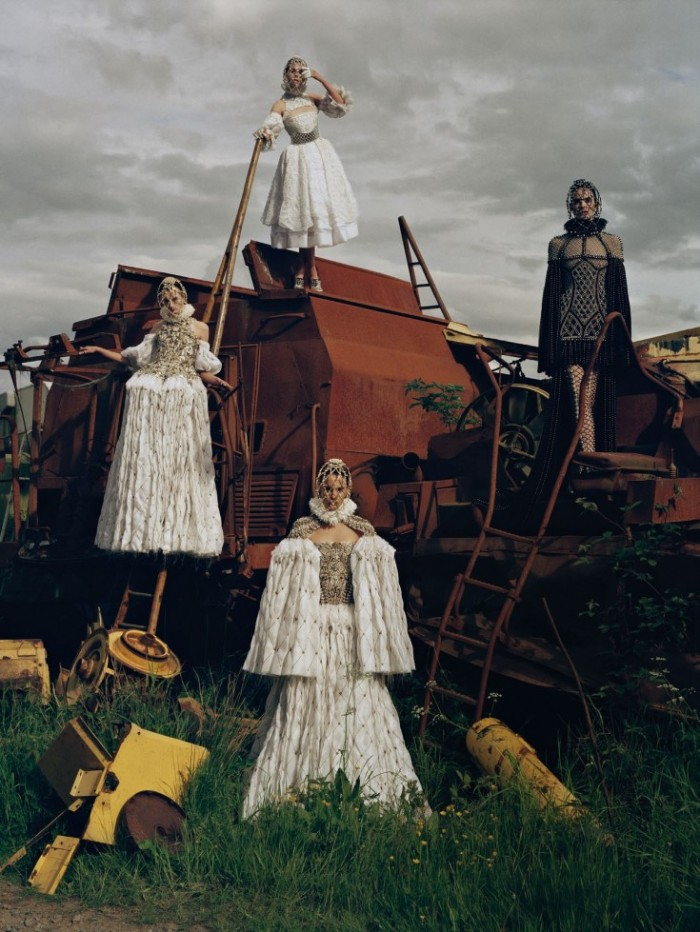 Made-In-Britain-by-Tim-Walker-UK-Vogue-December-2013-2-735x979