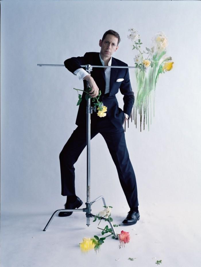 Made-In-Britain-by-Tim-Walker-UK-Vogue-December-2013-21-735x978