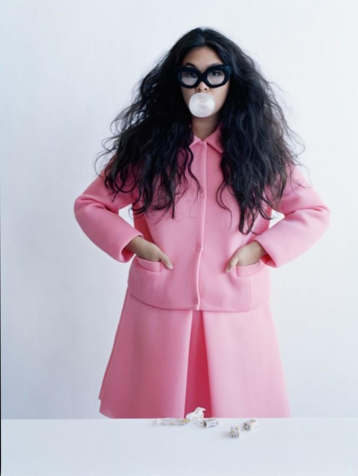 Made-In-Britain-by-Tim-Walker-UK-Vogue-December-2013-8-735x978