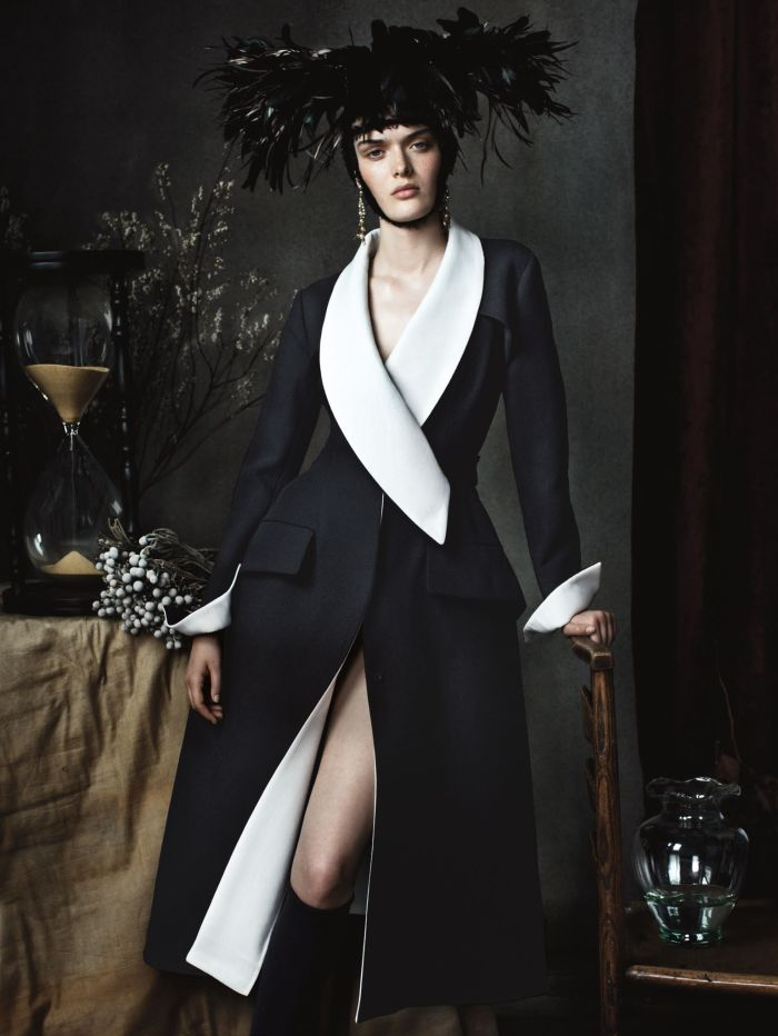 sam-rollinson-anna-luisa-ewers-ashleigh-good-josh-olins-vogue-uk-december-2013-6