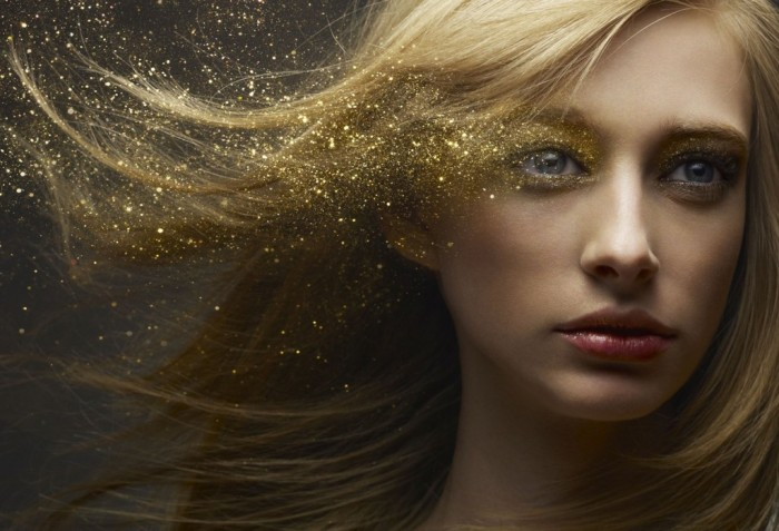 Shu-Akashi-Beauty-Photography-gold-1024x698