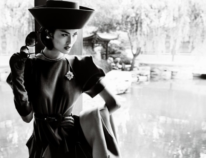 Sui-He-by-Mario-Testino-Portrait-Of-A-Lady-Vogue-China-December-2013-11-735x565