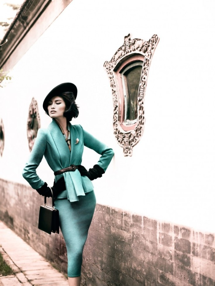 Sui-He-by-Mario-Testino-Portrait-Of-A-Lady-Vogue-China-December-2013-4-735x978