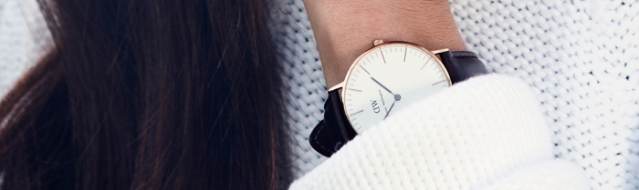 women-watch-daniel-wellington